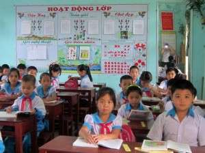 Kids at Khe Sanh school